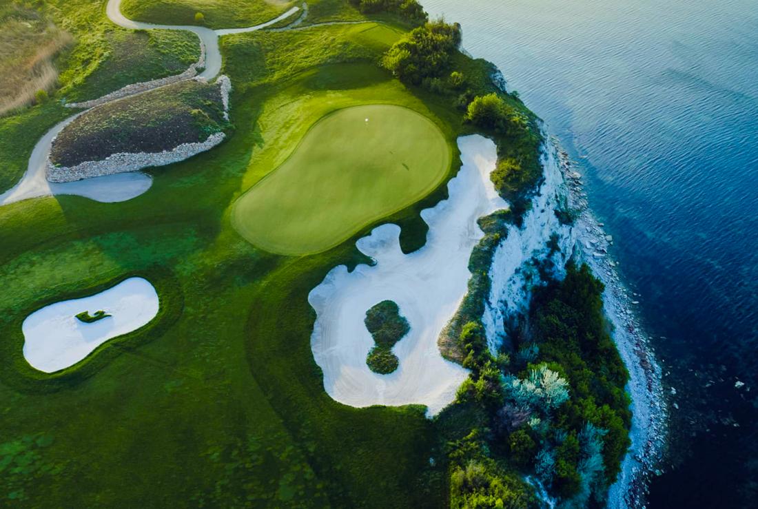 Tharcian Cliffs Golf & Beach Resort - Pole Golfowe z lotu ptaka
